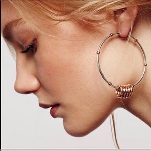 Free People Silver Hooped Earring Hoop Set